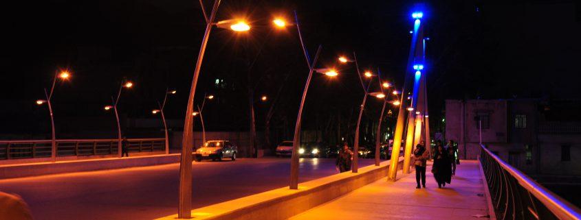 عرضه انواع پایه چراغ